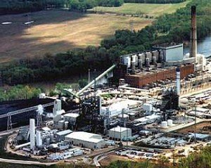 This is a 2544-ton-per-day coal gasification plant on the Wabash River in Indiana. (Photo: Department of Energy)