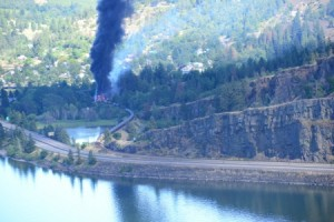 Mosier Oregon Oil Tank Car Burning June 3, 2016